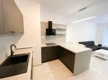 Na prenájom 2-izbový byt s balkónom, Z.Chalupovej, SLNEČNICE, novostavba