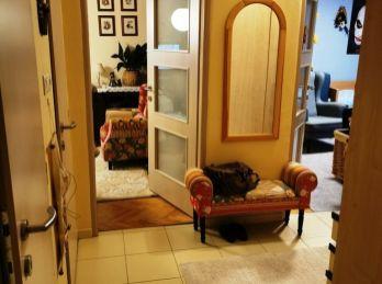 EXLUZÍVNE - na predaj veľký 2 i byt na ul. Pokroku s loggiou, kompletná rekonštrukcia