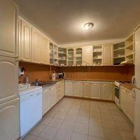 3 izbový byt, Rovinka, 130 m², Čiastočná rekonštrukcia