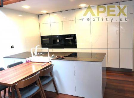 Exkluzívne APEX reality 3i. mezonet v centre Hlohovca, 100 m2, nadštandardné vybavenie a zariadenie