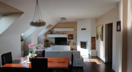 Len u nás v ponuke: Predaj 4 izbového bytu s parkovaním v Hainburg a.d. Donau v Rakúsku