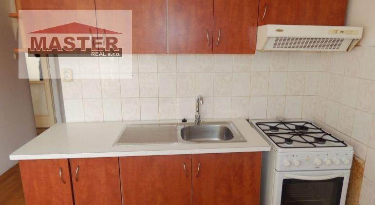 Na Predaj 2-izbový byt 56 m2, Handlová, okres Prievidza
