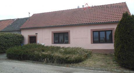 Rodinný dom na predaj vhodný aj ako víkendový dom prípadne chalupu.