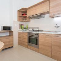 2 izbový byt, Bratislava-Staré Mesto, 53 m², Kompletná rekonštrukcia