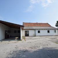 Priemyselný areál, Moravany nad Váhom, 600 m², Čiastočná rekonštrukcia