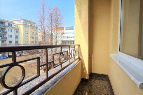Bulvár - Luxusný 3 izbový byt s balkónom