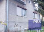 --PBS-- ++TOP LOKALITA++ Starší rodinný dom 3+1 s garážou, na rekonštrukciu, pozemok 617m2, Trnava - Vajslova dolina++
