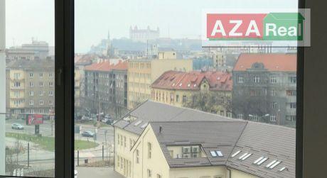 2 izbový byt s lodžiou na Továrenskej ulici-SKYPARK, Staré mesto je na predaj