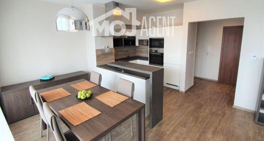 Veľký 3 izbový byt na PRENÁJOM - Horský park, garáž, kompletné zariadenie
