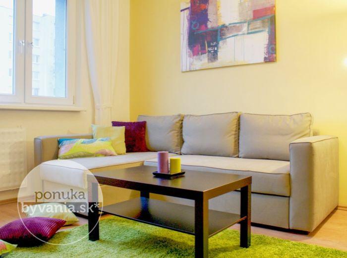 PRENAJATÉ - DROBNÉHO, 1-i byt, 29 m2 - KOMPLETNE ZARIADENÝ byt v ZATEPLENOM DOME, slnečný a s PEKNÝM VÝHĽADOM