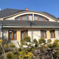 Rodinný dom, Báč, 240 m², Novostavba