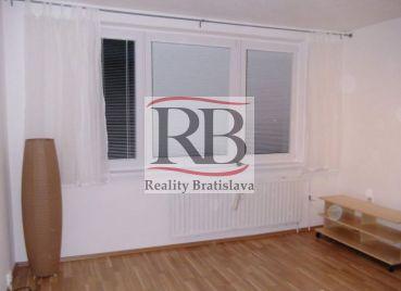 Na predaj 1 izbový byt na Topoľčianskej ulici v Petržalke, BAV