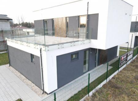 Moderný 5 izb. dom