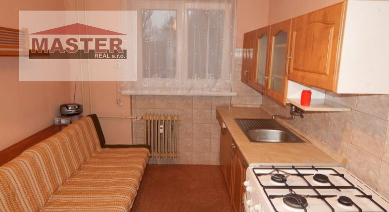 Na Predaj 2-izbový byt s balkónom 63 m2, Handlová, okres Prievidza