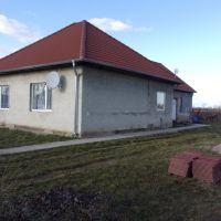 Rodinný dom, Málaš, 170 m², Čiastočná rekonštrukcia