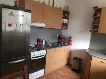 Prenajatý pekný a zariadený 2.izb byt v novostavbe v Nitre na Čermánskom námestí