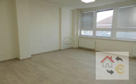 43 m2 s klimatizáciou k prenájmu v centre Prešova.