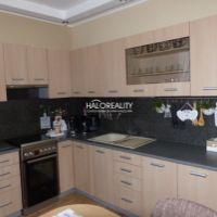 4 izbový byt, Rohožník, 85 m², Kompletná rekonštrukcia