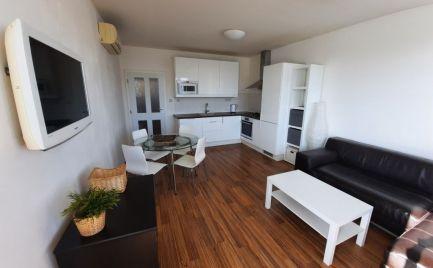 Ponúkame na prenájom 3- izbový moderný byt v centre mesta na Heydukovej ulici
