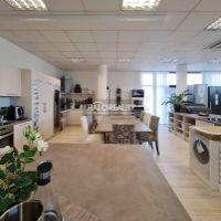 Obchodné, Bratislava-Nové Mesto, 358 m², Novostavba