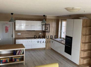 Predaj 3-izbový byt s dvoma balkónmi v novostavbe vo Viničnom, okres Pezinok.