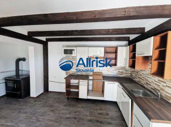 Predaj rodinného domu v obci Svätoplukovo.