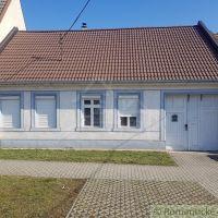 Rodinný dom, Jaslovské Bohunice, 100 m², Čiastočná rekonštrukcia