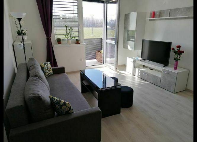 2 izbový byt - Bratislava-Čunovo - Fotografia 1