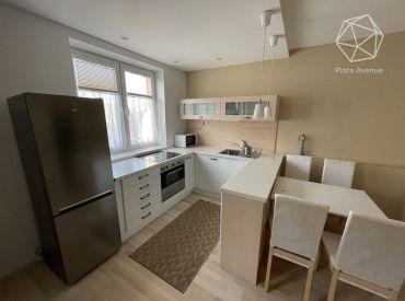 Na prenájom zariadený byt 2+1 v novostavbe , Žilina - Vlčince II (57m2) s logiou a s parkovacím státim