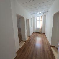 Kancelárie, Banská Bystrica, 115.64 m², Čiastočná rekonštrukcia