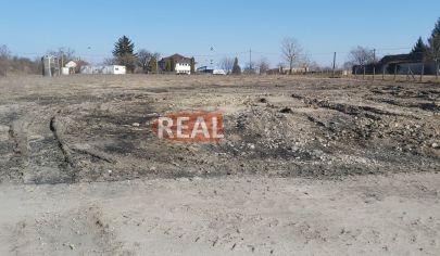 REALFINN PREDAJ - stavebný pozemok v priemyselnom parku v Nových Zámkoch
