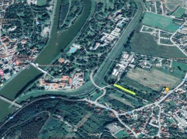 Na predaj Investičný stavebný pozemok 1850 m2 pri kúpeľnom ostrove Banka - Piešťany