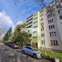 1 izbový byt, Bratislava-Ružinov, 44 m², Čiastočná rekonštrukcia