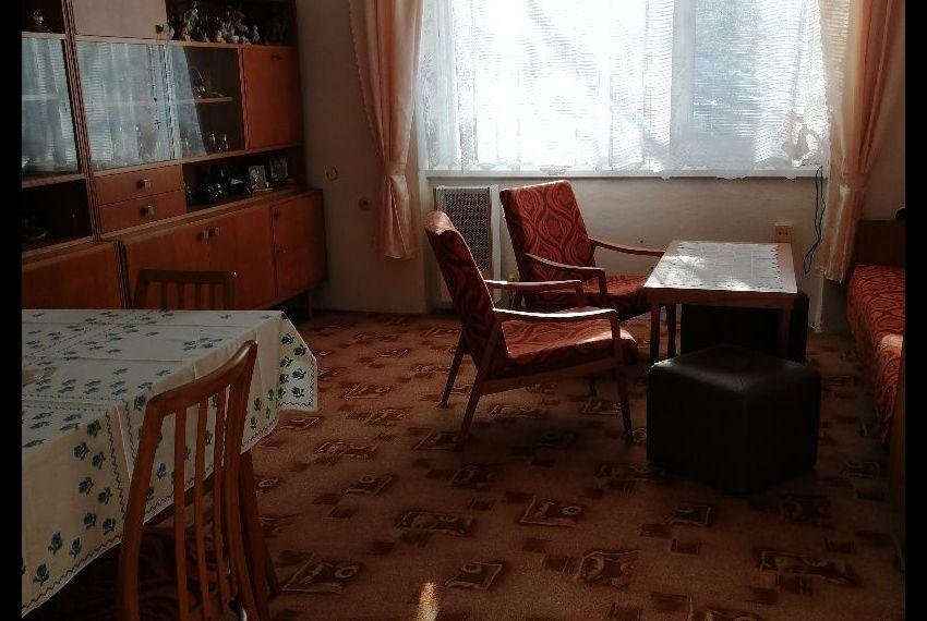 Predaj 2 izbový byt Želiezovce-1
