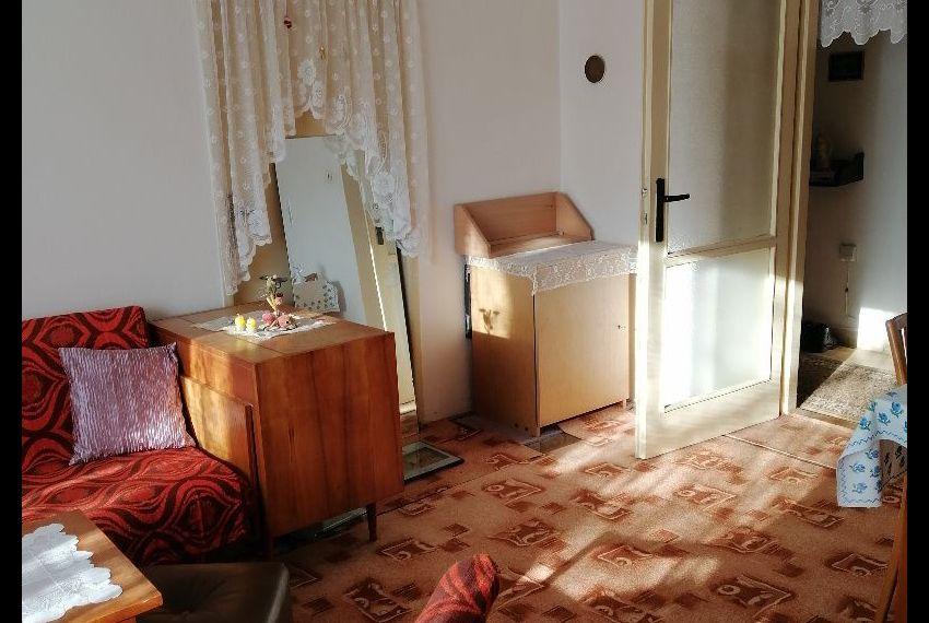 Predaj 2 izbový byt Želiezovce-2