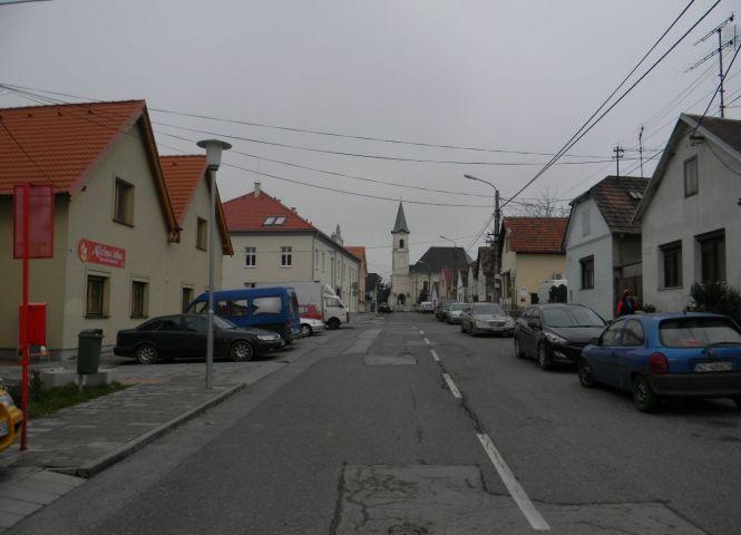Rodinný dom - Bratislava-Rača - Fotografia 1