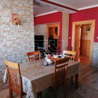 Rodinný dom, Galovany, 389 m², Kompletná rekonštrukcia