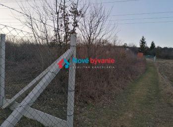 N003-14-MAHO - Pozemok v záhradkárskej lokalite Vitalina 429 m2 / Košice - Kavečany /