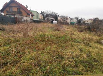 Predaj 13á stavebný pozemok,všetky IS, Čakajovce