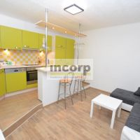 2 izbový byt, Bratislava-Ružinov, 40 m², Kompletná rekonštrukcia