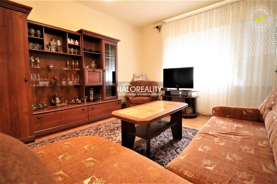 Predaj, trojizbový byt v centre obce Tvrdošovce