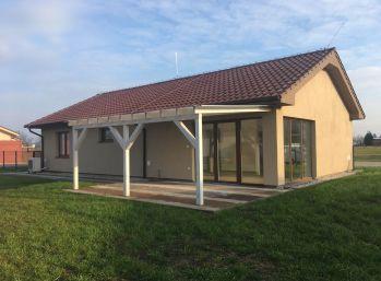Predaj 4izb. rodinného domu, typu bungalov, pozemok 658m2,  tichá lokalita v obci Jahodná