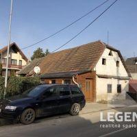 Pre rodinné domy, Trenčín, 273 m²