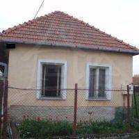 Rodinný dom, Maňa, 100 m², Pôvodný stav