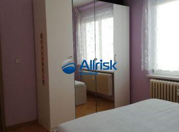 NA PRENÁJOM - Zariadený 2,5 izbový byt s balkónom, Narcisová ul.,Ružinov