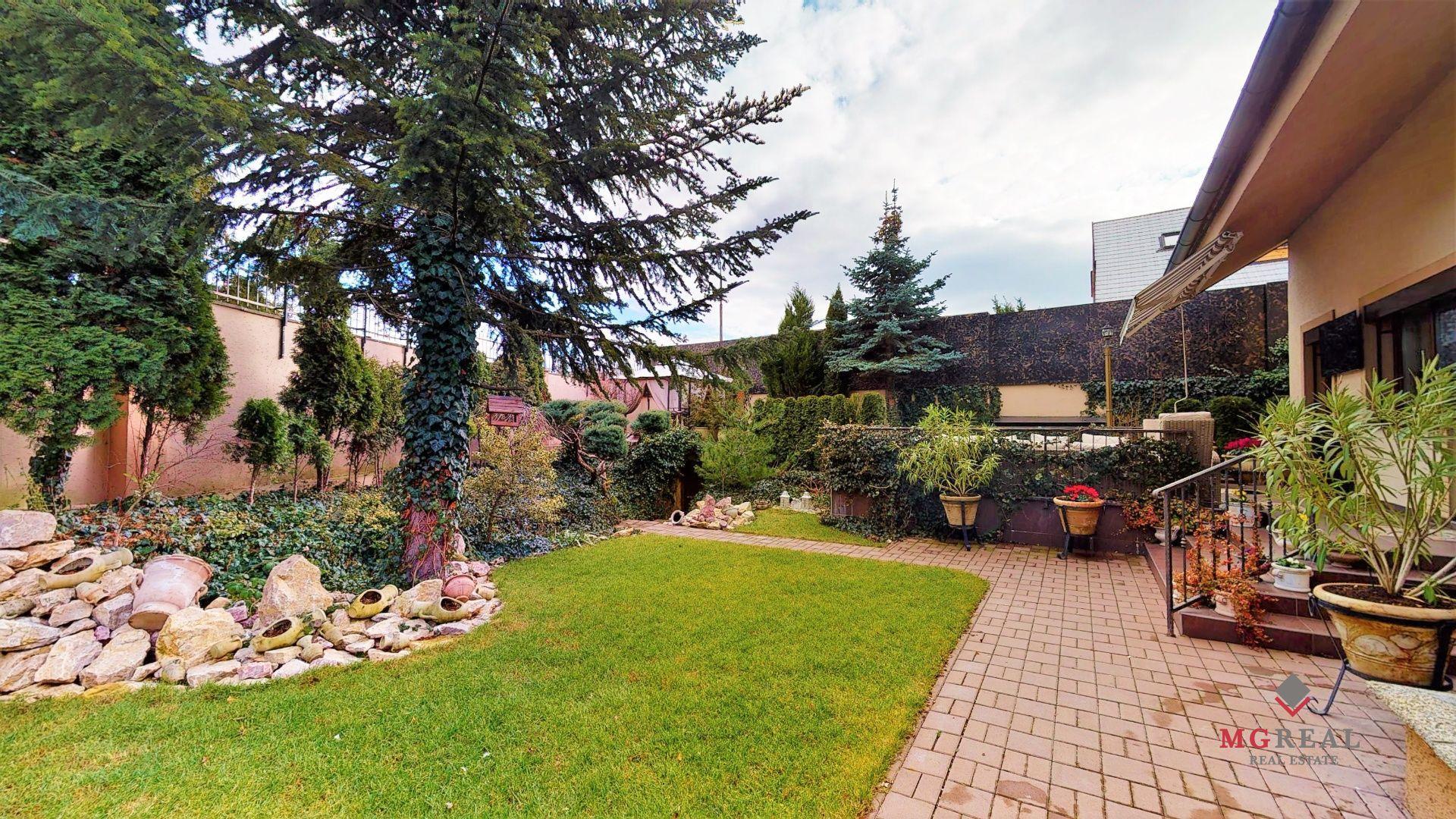 Rodinný dom-Predaj-Nitra-470 000 €