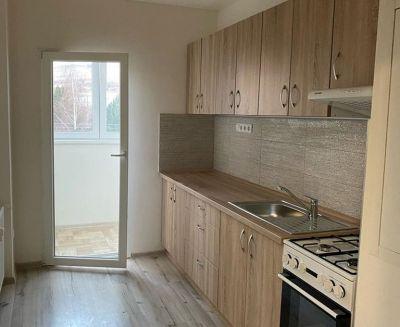 Na predaj 3 izbový byt 64 m2 kompletná rekonštrukcia Handlová FM1045