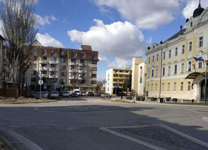 obchodné centrum - Nitra - Fotografia 1