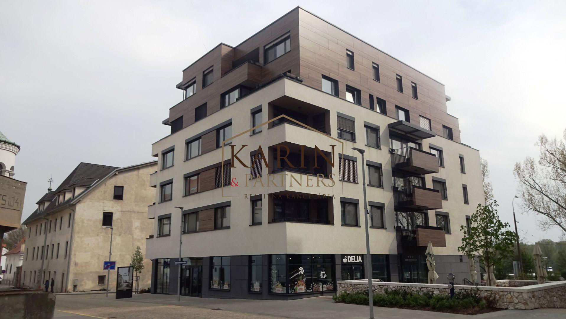 Iný-Prenájom-Bratislava - mestská časť Staré Mesto-890 €