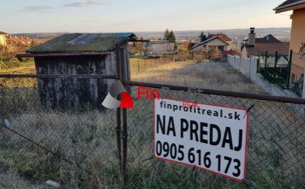 Predám stavebný pozemok s výhľadom na mesto Nitra - Zobor.